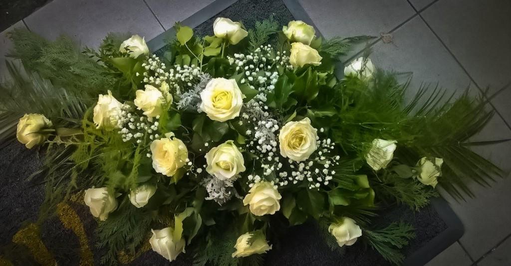 CA1 Bijele ruže 230,00 kn